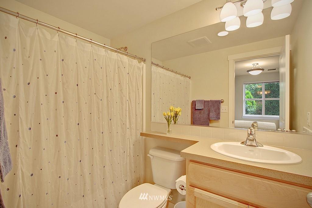 Sold Property | 3635 Wallingford Avenue N #A Seattle, WA 98103 12