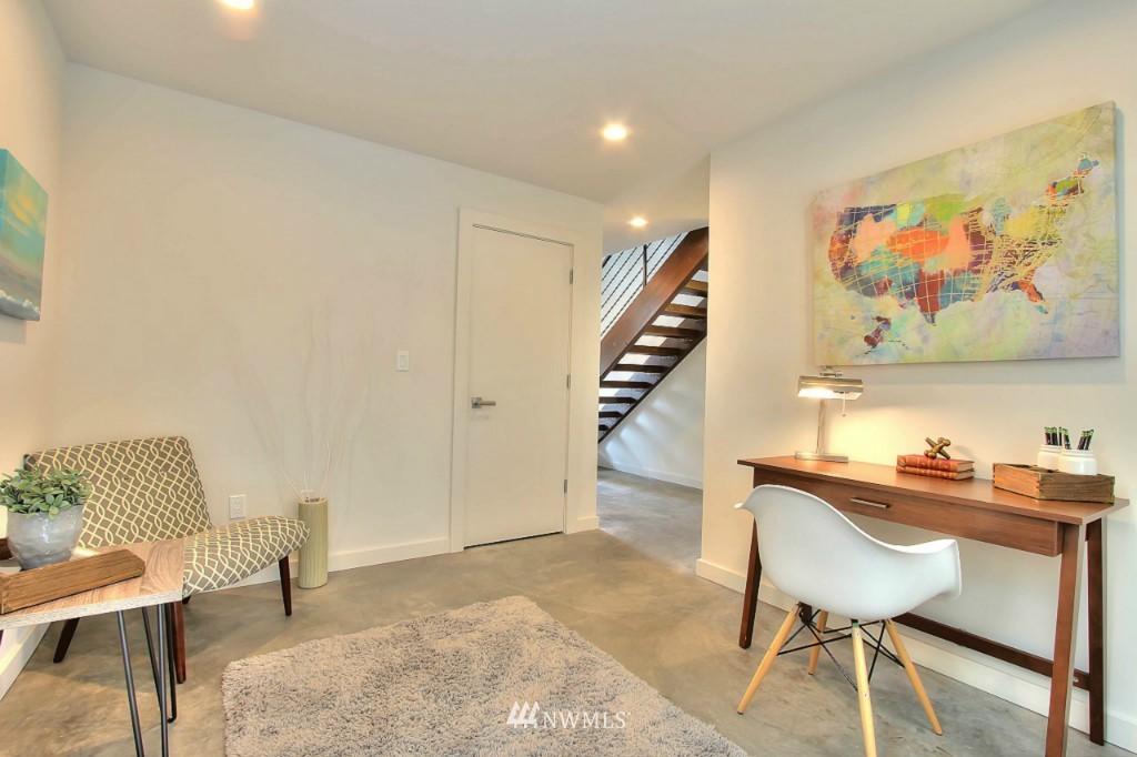 Sold Property   2536 E Madison Street Seattle, WA 98112 21