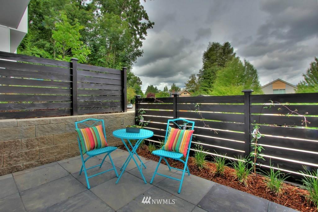 Sold Property   2536 E Madison Street Seattle, WA 98112 16