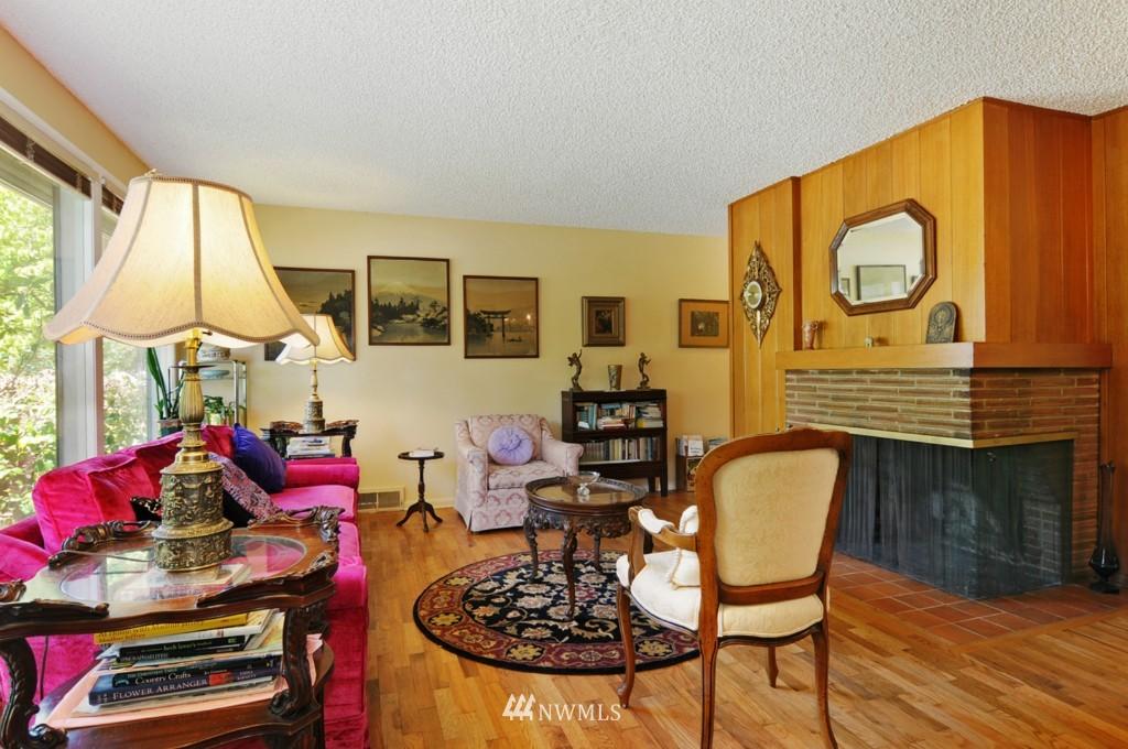 Sold Property | 11544 9th Avenue NE Seattle, WA 98125 1