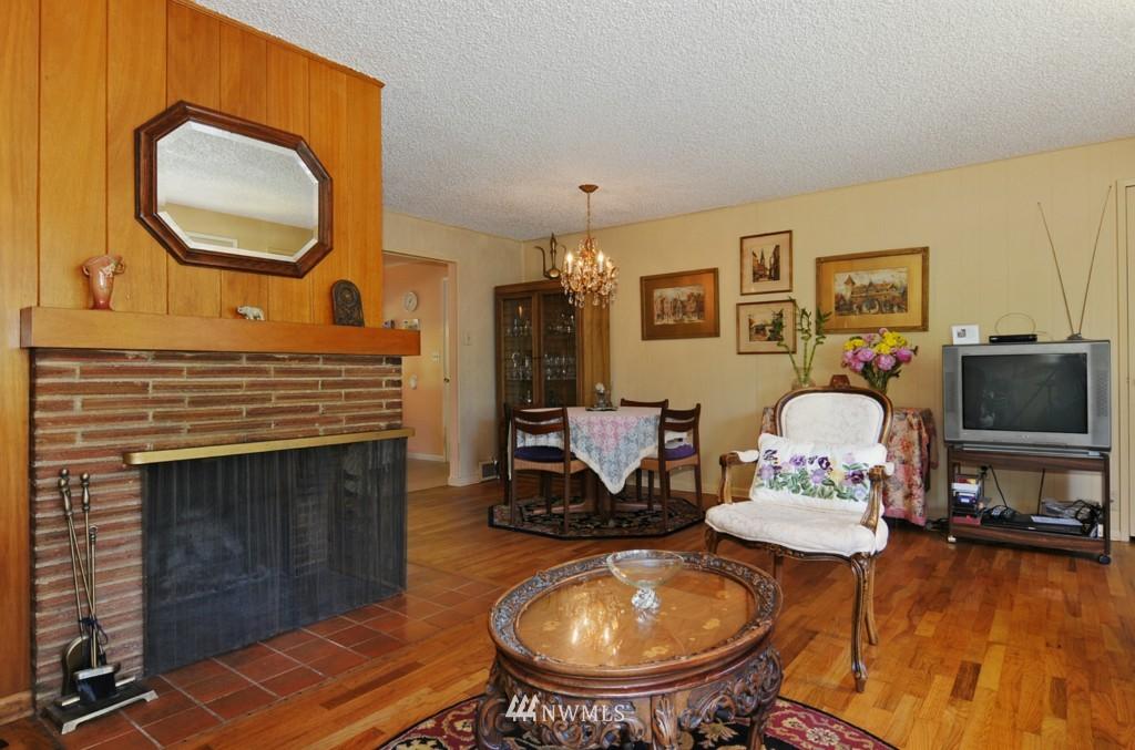 Sold Property | 11544 9th Avenue NE Seattle, WA 98125 3