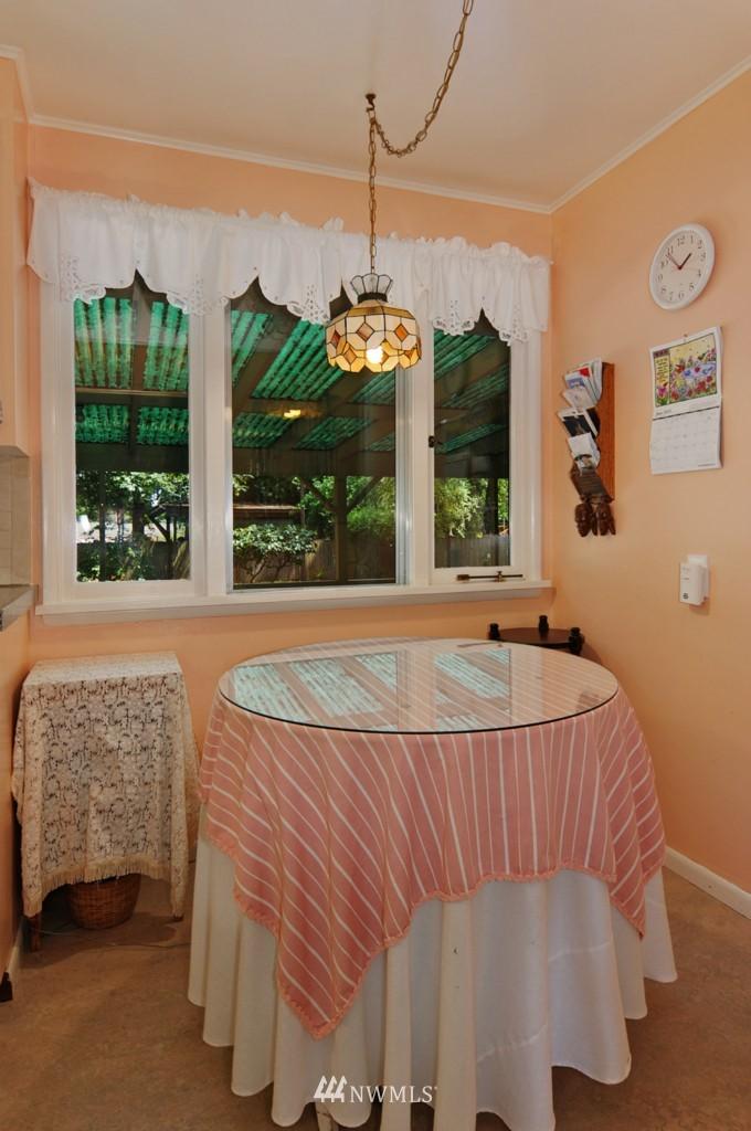 Sold Property | 11544 9th Avenue NE Seattle, WA 98125 5