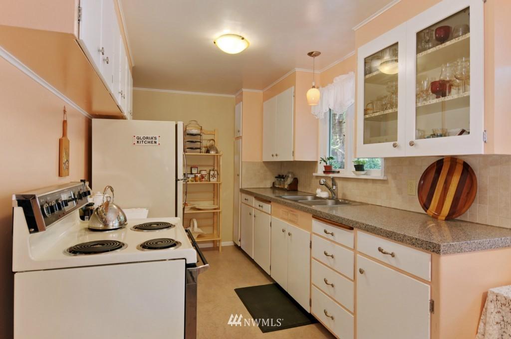 Sold Property | 11544 9th Avenue NE Seattle, WA 98125 6
