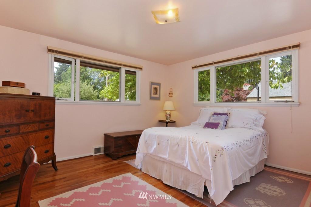 Sold Property | 11544 9th Avenue NE Seattle, WA 98125 8
