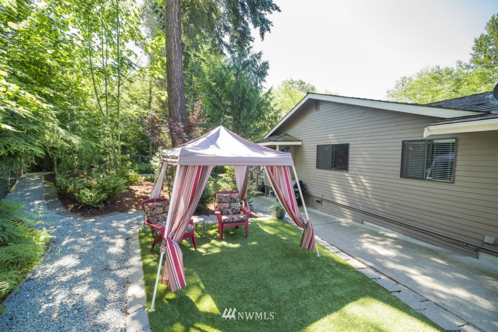Sold Property | 21787 20th Place W Brier, WA 98036 3