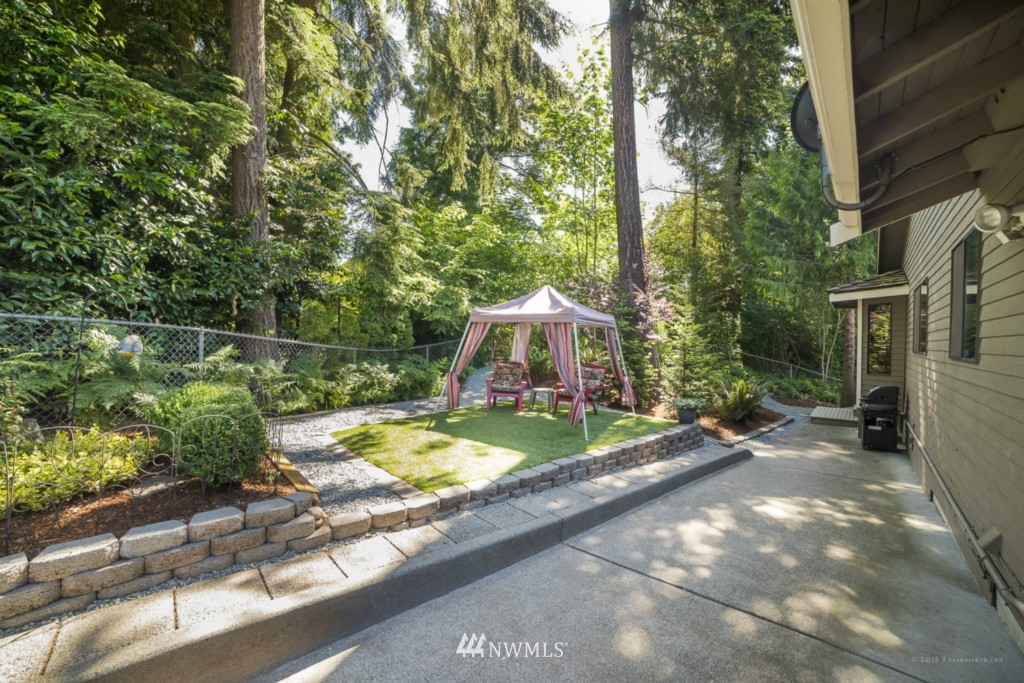 Sold Property | 21787 20th Place W Brier, WA 98036 5