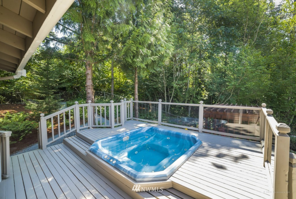 Sold Property | 21787 20th Place W Brier, WA 98036 8