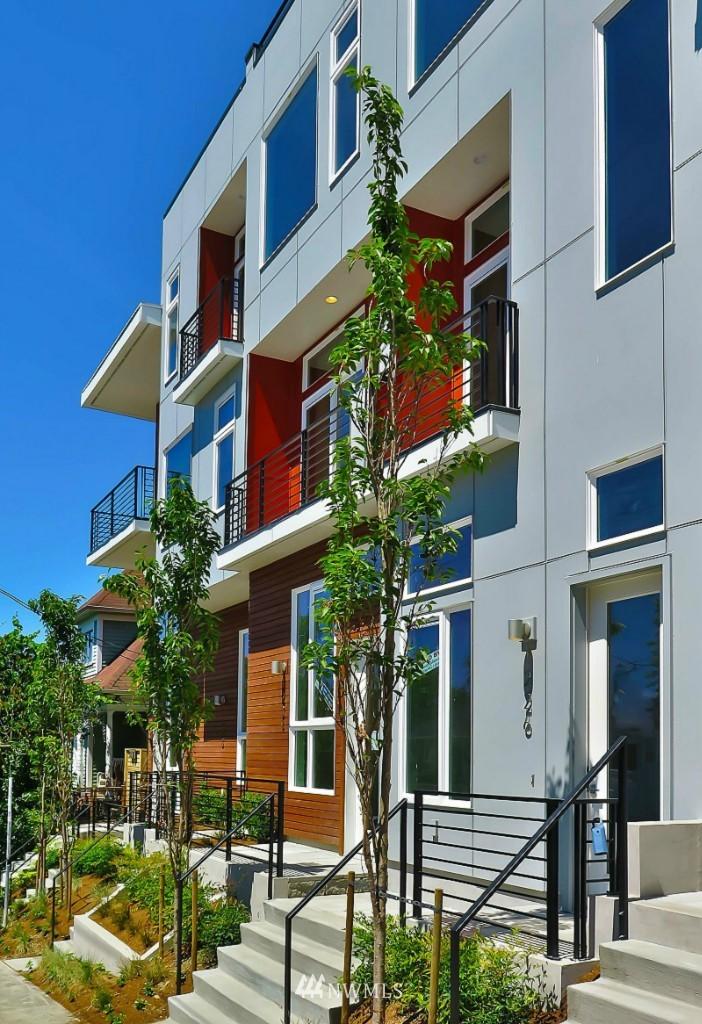 Sold Property   1222 E John Street Seattle, WA 98102 0