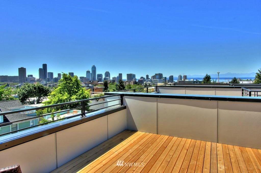 Sold Property   1222 E John Street Seattle, WA 98102 21