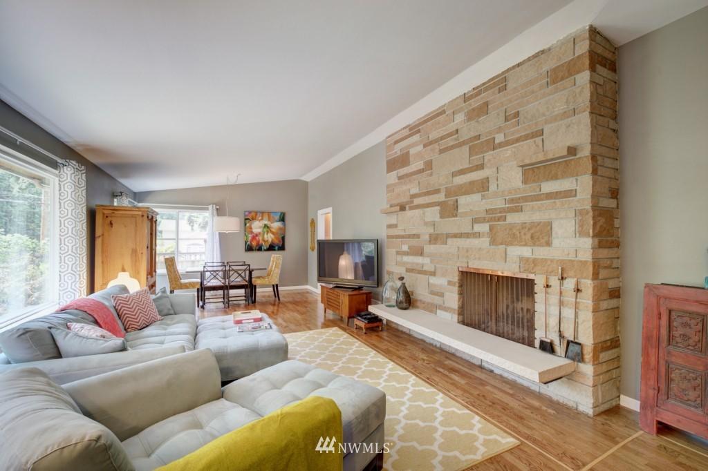 Sold Property | 704 N 163rd Seattle, WA 98133 3