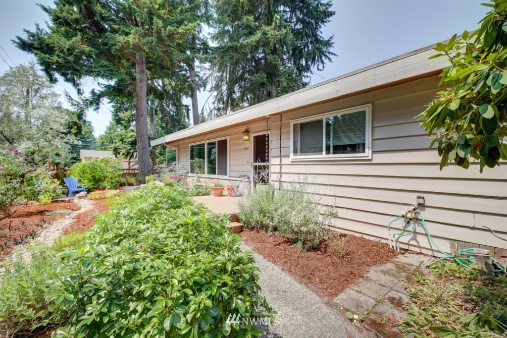 Sold Property | 704 N 163rd Seattle, WA 98133 19