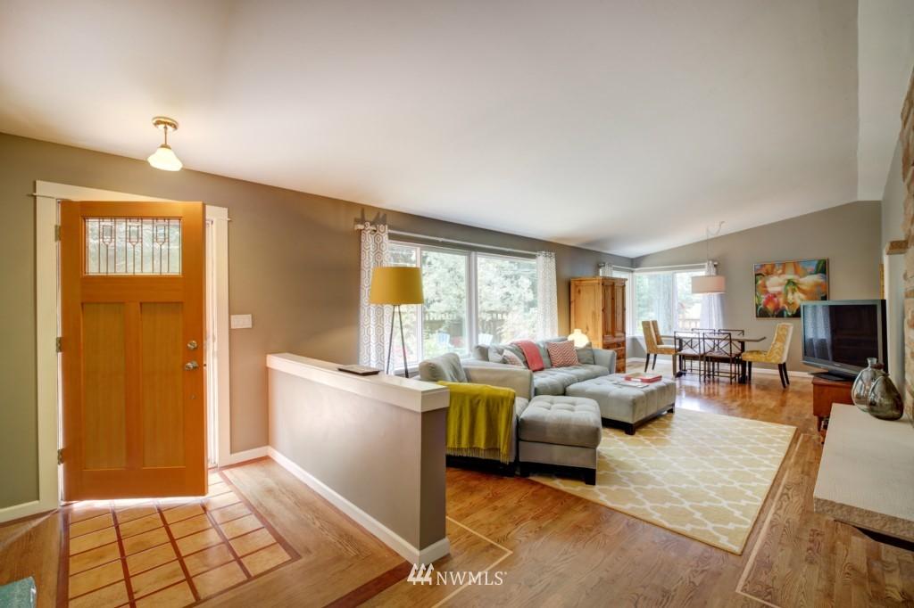 Sold Property | 704 N 163rd Seattle, WA 98133 1