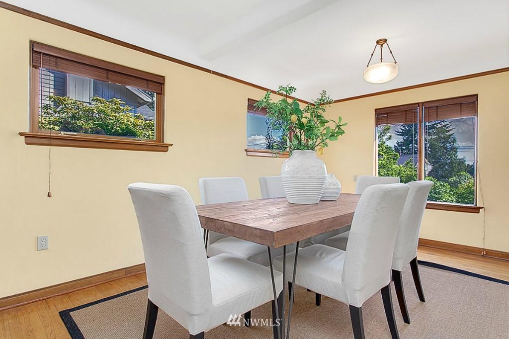 Sold Property   610 NE 77th Street Seattle, WA 98115 3