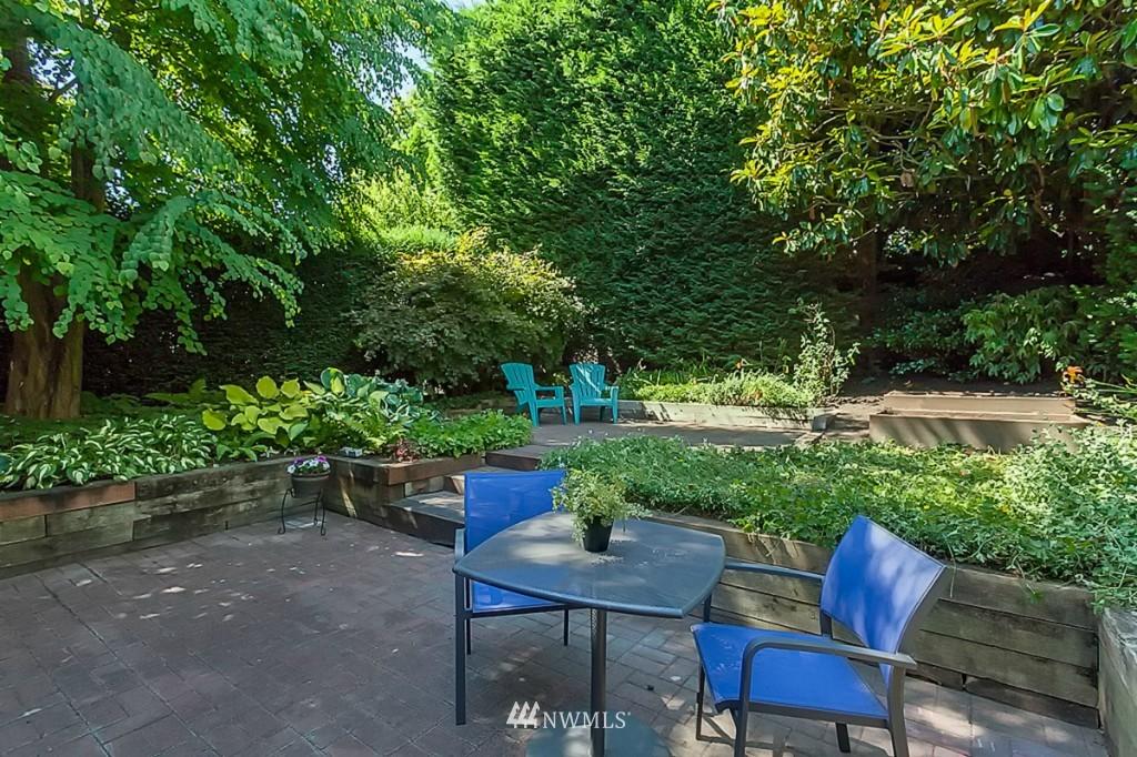 Sold Property   610 NE 77th Street Seattle, WA 98115 15