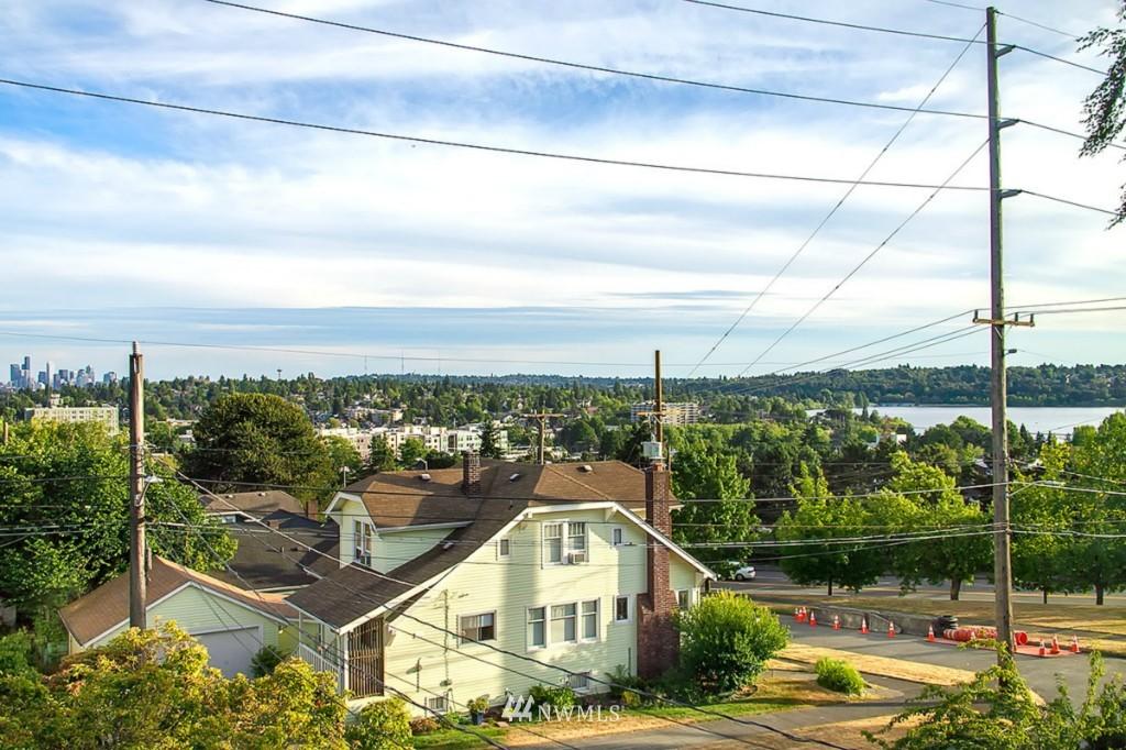 Sold Property   610 NE 77th Street Seattle, WA 98115 18