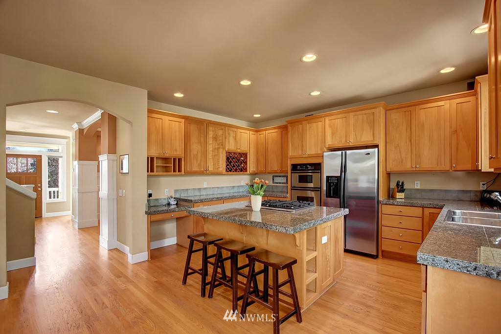 Sold Property   3200 NW 73rd Street Seattle, WA 98117 3