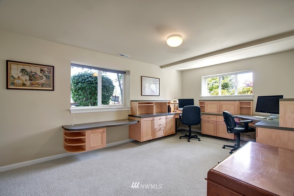 Sold Property   3200 NW 73rd Street Seattle, WA 98117 18