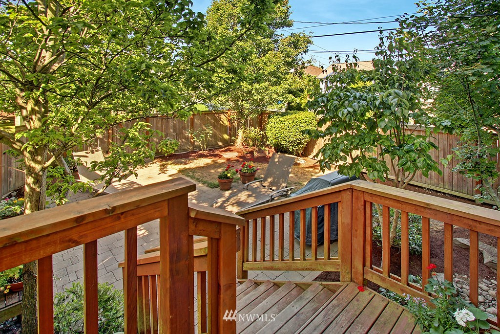 Sold Property   3200 NW 73rd Street Seattle, WA 98117 20