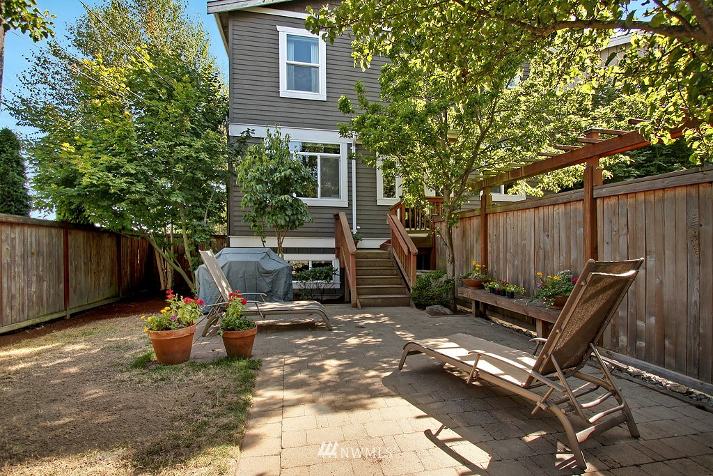 Sold Property   3200 NW 73rd Street Seattle, WA 98117 21