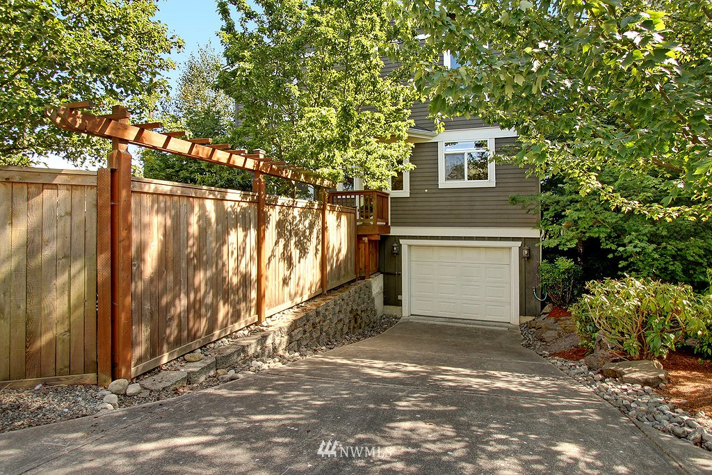 Sold Property   3200 NW 73rd Street Seattle, WA 98117 23