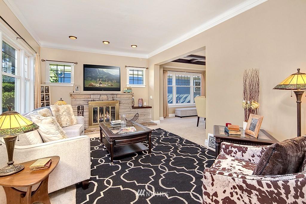 Sold Property   5431 Kirkwood Place N Seattle, WA 98103 1
