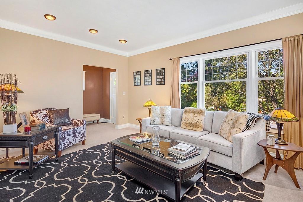 Sold Property   5431 Kirkwood Place N Seattle, WA 98103 2