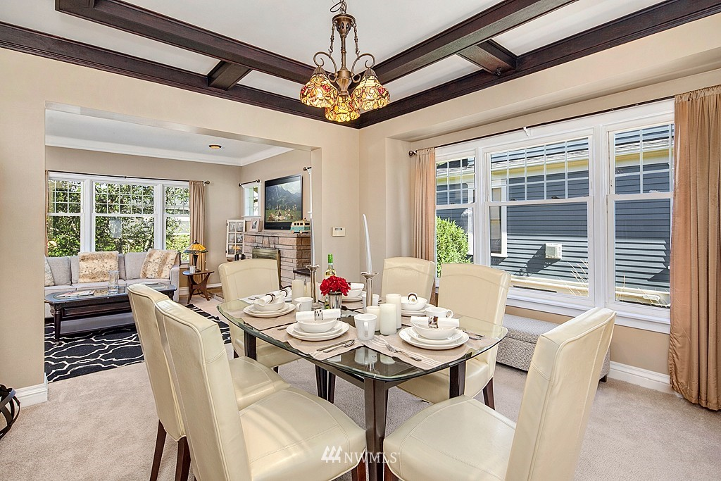 Sold Property   5431 Kirkwood Place N Seattle, WA 98103 4