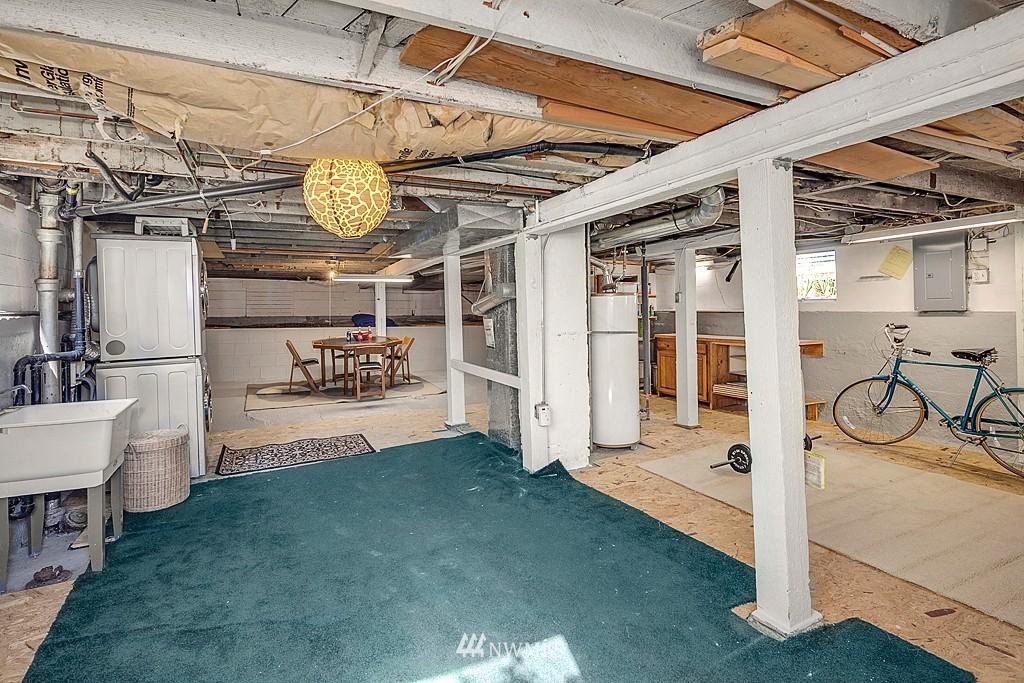 Sold Property   5431 Kirkwood Place N Seattle, WA 98103 14