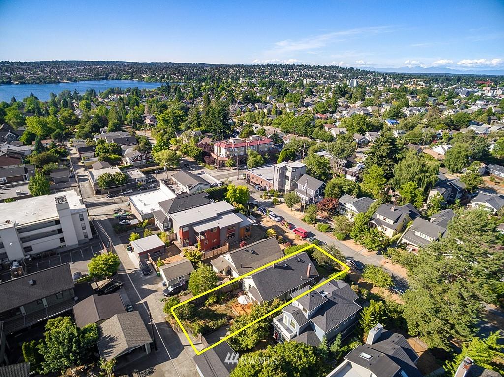 Sold Property   5431 Kirkwood Place N Seattle, WA 98103 17
