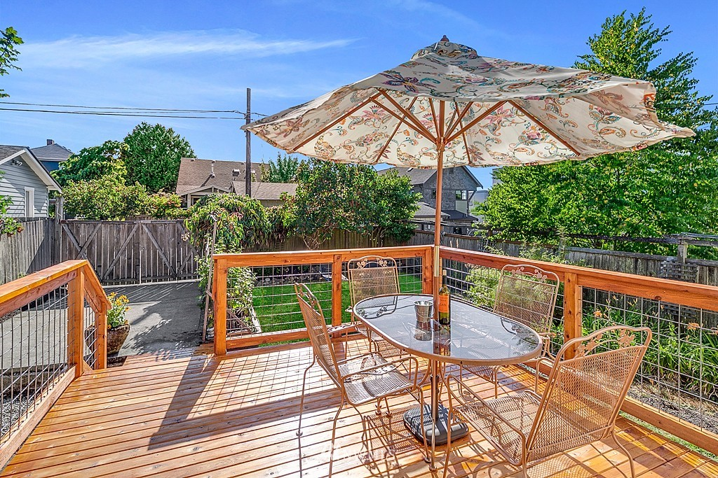 Sold Property   5431 Kirkwood Place N Seattle, WA 98103 19