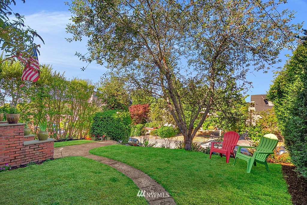 Sold Property   5431 Kirkwood Place N Seattle, WA 98103 22