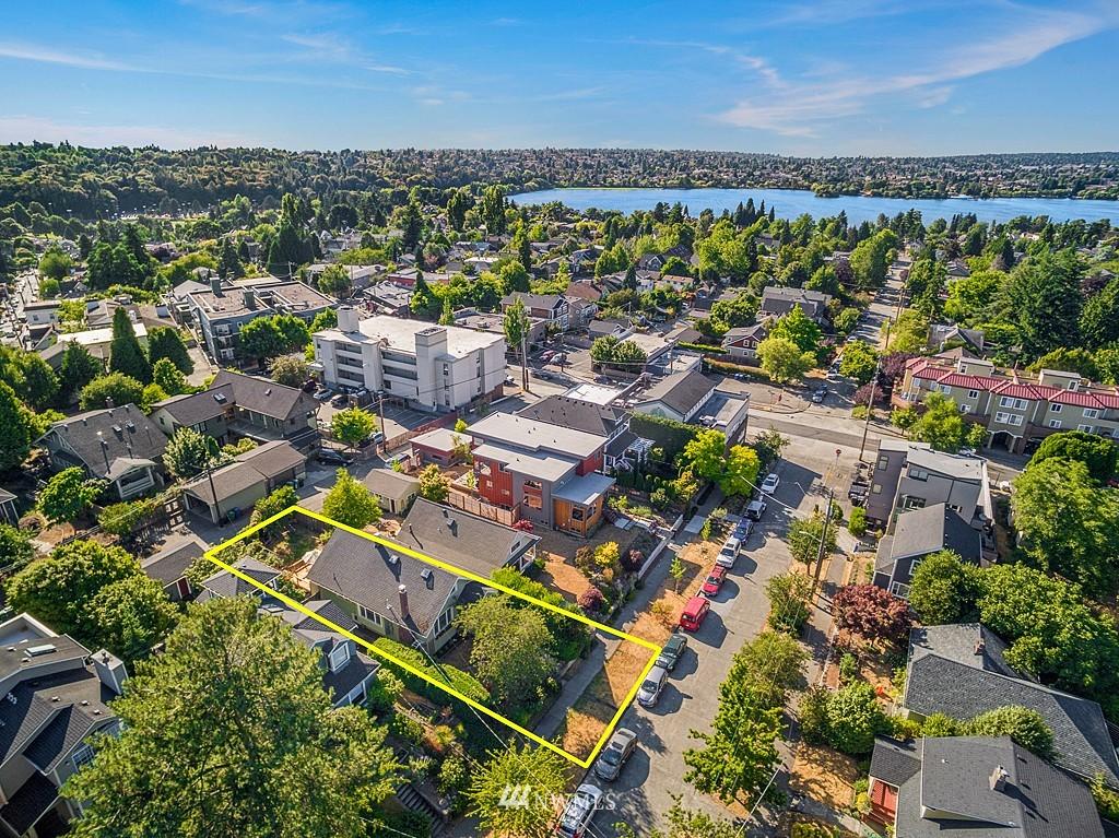 Sold Property   5431 Kirkwood Place N Seattle, WA 98103 16