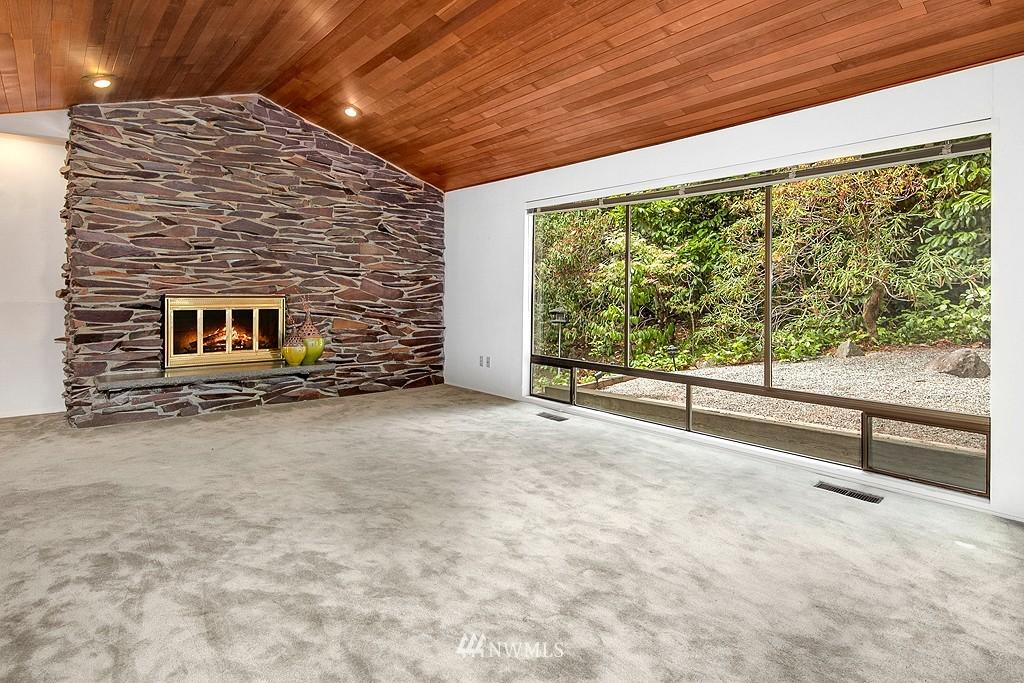 Sold Property | 12800 NE 26th Place Bellevue, WA 98005 3