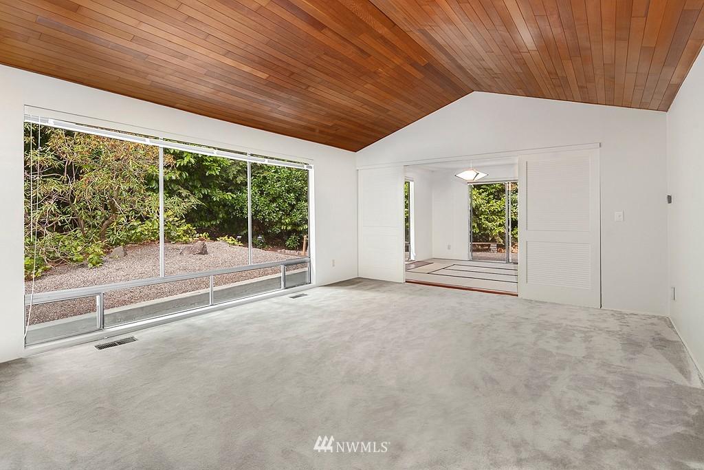 Sold Property | 12800 NE 26th Place Bellevue, WA 98005 4