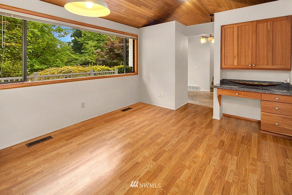 Sold Property | 12800 NE 26th Place Bellevue, WA 98005 8