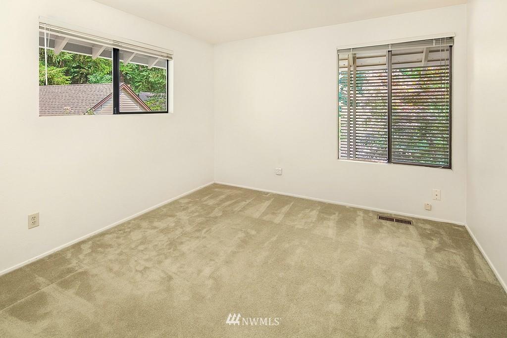 Sold Property | 12800 NE 26th Place Bellevue, WA 98005 17