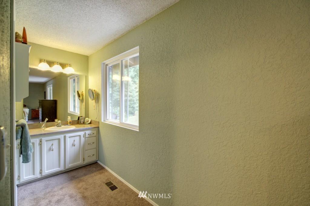 Sold Property | 5030 138th Street SW Edmonds, WA 98026 9