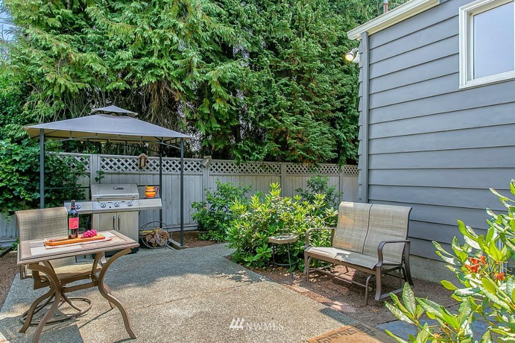 Sold Property | 13249 1st Avenue S Burien, WA 98168 2
