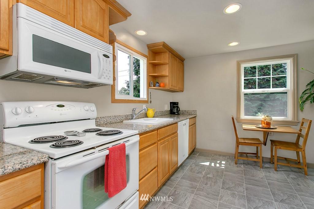 Sold Property | 13249 1st Avenue S Burien, WA 98168 4