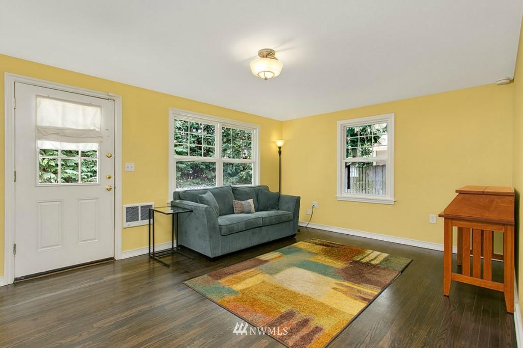 Sold Property | 13249 1st Avenue S Burien, WA 98168 8