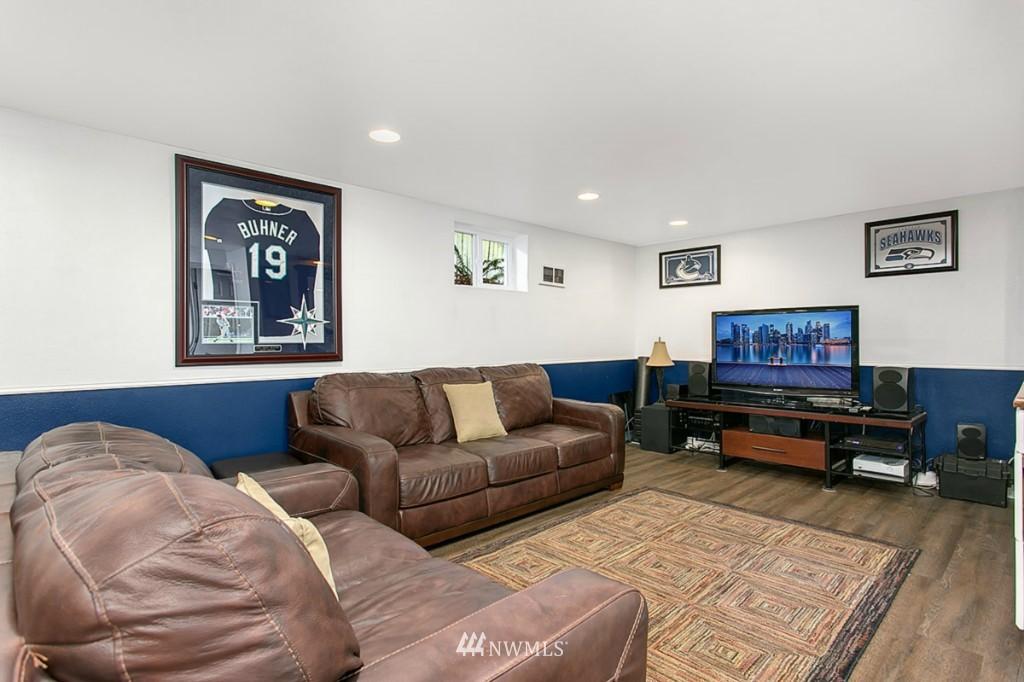 Sold Property | 13249 1st Avenue S Burien, WA 98168 13