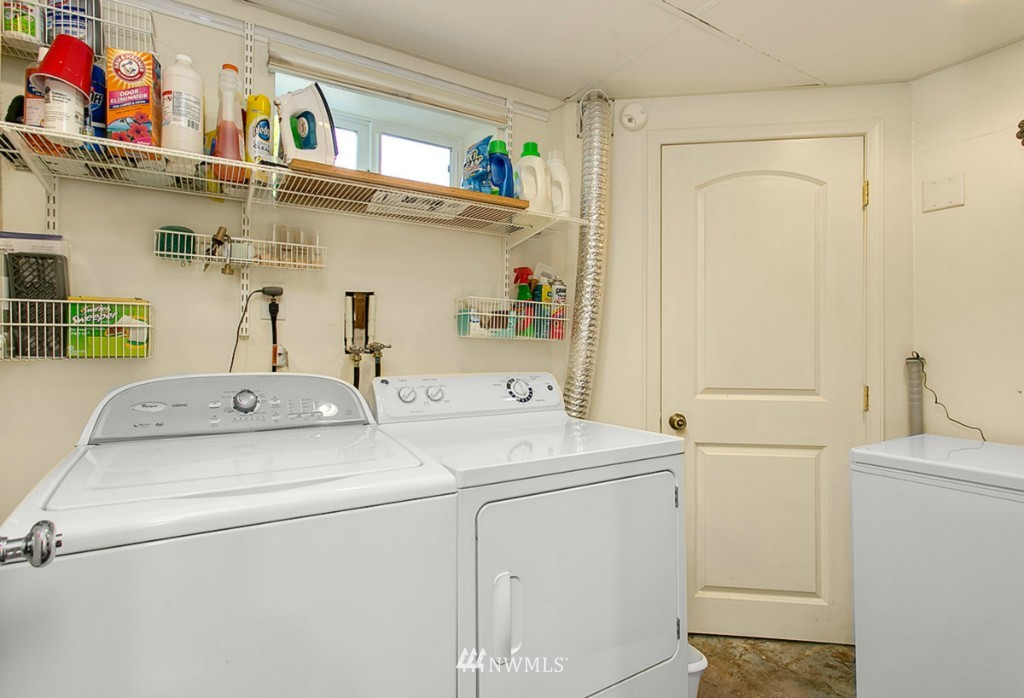 Sold Property | 13249 1st Avenue S Burien, WA 98168 17