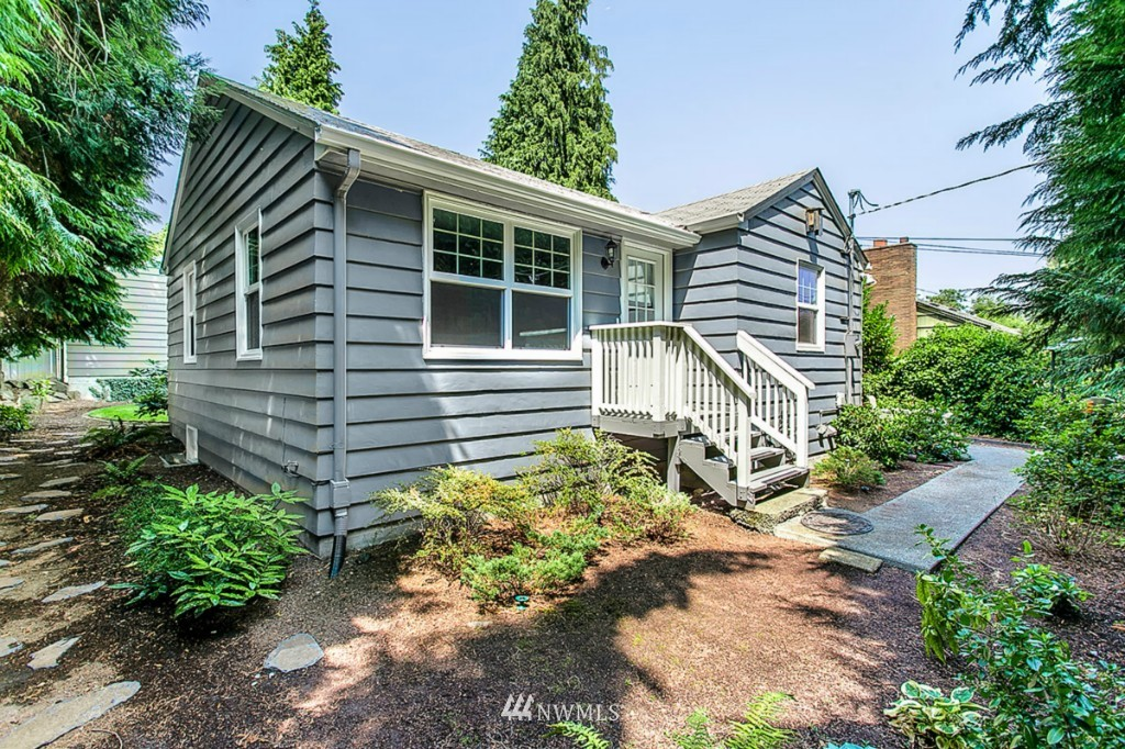 Sold Property | 13249 1st Avenue S Burien, WA 98168 18