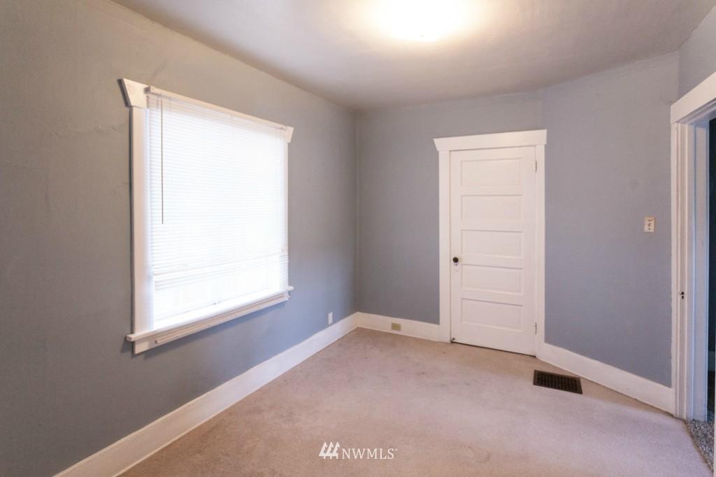 Sold Property | 1840 N 54th Street Seattle, WA 98103 4