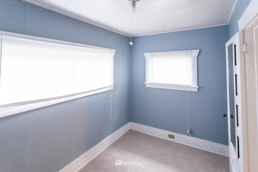 Sold Property | 1840 N 54th Street Seattle, WA 98103 5