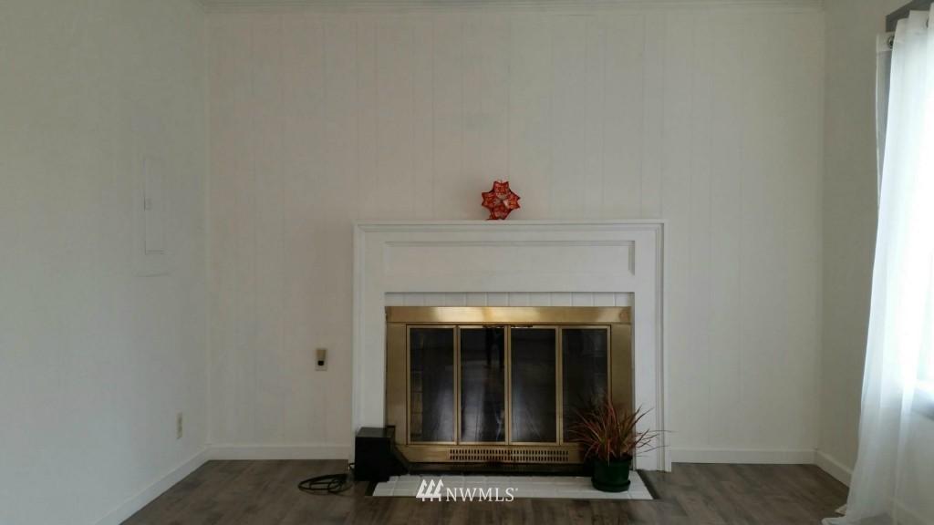 Sold Property | 514 N 86th Street Seattle, WA 98103 1