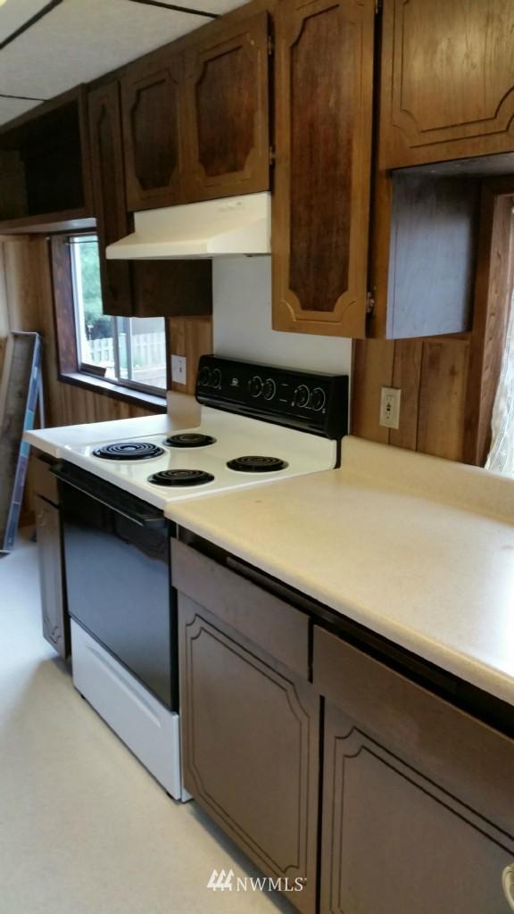 Sold Property | 514 N 86th Street Seattle, WA 98103 4
