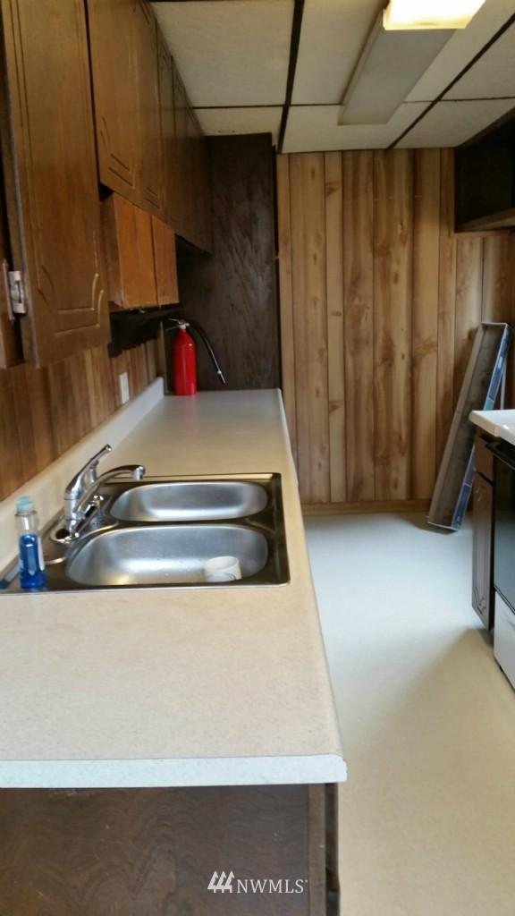 Sold Property | 514 N 86th Street Seattle, WA 98103 5