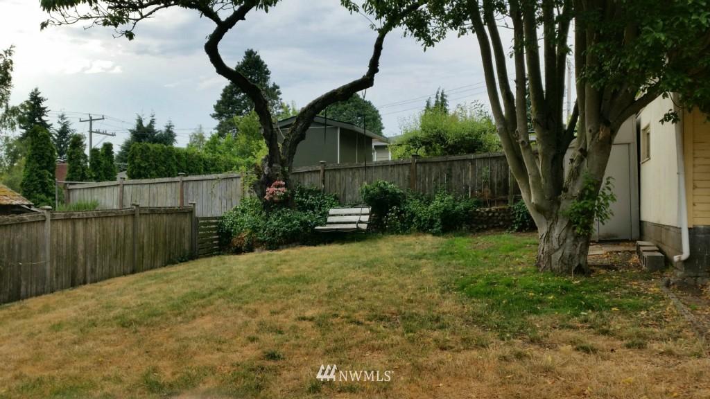 Sold Property | 514 N 86th Street Seattle, WA 98103 8