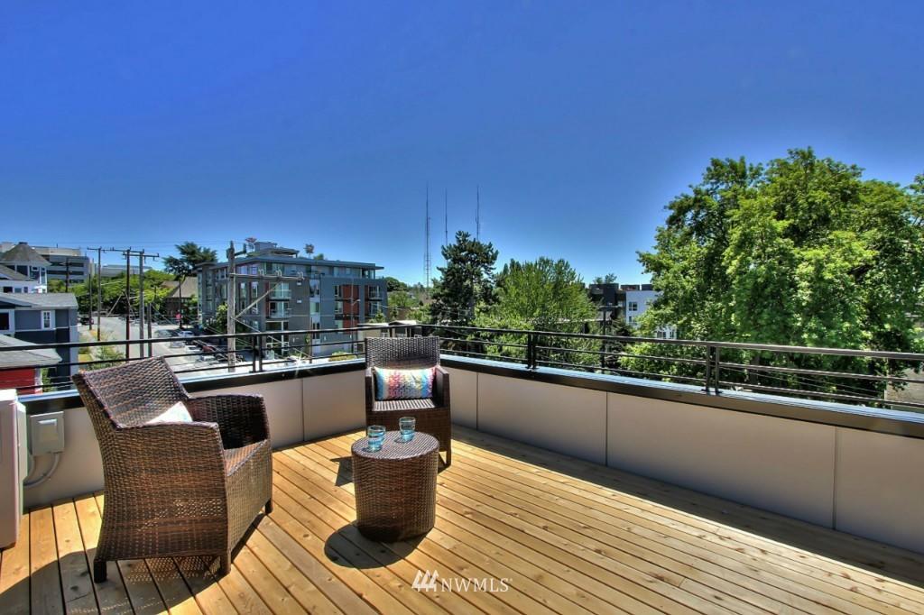 Sold Property   1220 E John Street Seattle, WA 98102 19